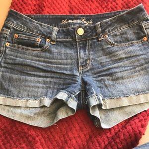 American Eagle denim shorts sz8 EUC